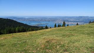 Zürichsee mit Seedamm