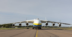 Antonov An-225 at RAF Brize Norton (RAF Brize Norton) Tags: raf brize norton air delivery antonov 225 antonov225 loaded flight departure 6 engine big aircraft cargo heaviest largest an225 freight transport 6engine