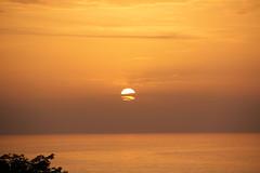 IMG_0287   -  Tramonto sul mediterraneo (SPARTANO 2010 - now it's autumn !!!!) Tags: ricadi calabria mare sole acque rosso nuvole sera vacanze settembre casa ritorno