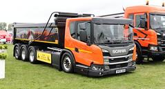 Scania Great Britain L360 Demonstrator UK06SGB Paddock Wood Truckfest 2018 (davidseall) Tags: scania great britain vabis l360 demonstrator uk06sgb uk06 sgb truck lorry rigid low paddock wood truckfest show 2018 large heavy goods vehicle lgv hgv l series
