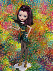 Raven Qeen (M.P.N.texan) Tags: doll toy vinyl mattell everafterhigh jointed ravenqueen