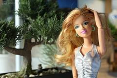 donna (photos4dreams) Tags: blond blonde dress barbie mattel doll toy photos4dreams p4d photos4dreamz barbies girl play fashion fashionistas outfit kleider mode puppenstube tabletopphotography fleamarket finding flohmarktfund diorama