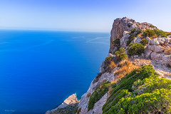 Mallorca/ Kap Formentor (Uwe Weigel) Tags: kap formentor mallorca europe spain rock felsen ausblick view landscape meer sea sky landscapelover travel travelphotography reisen photographer colors world trip