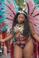 DSC_8467 Notting Hill Caribbean Carnival London Exotic Colourful Maroon Costume with Turquoise and Pink Ostrich Feather Headdress Girls Dancing Showgirl Performers Aug 27 2018 Stunning Ladies (photographer695) Tags: notting hill caribbean carnival london exotic colourful costume girls dancing showgirl performers aug 27 2018 stunning ladies maroon with turquoise pink ostrich feather headdress