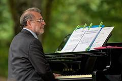 Jacques Schneck - Mem'Ory (Alexandre LAVIGNE) Tags: hdpentaxdfa150450mm jacquesschneck memory pentaxk1 jazz piano portrait musicien pianiste saintquentin picardiehautsdefrance france