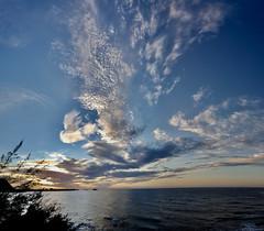 Ciel (Faapuroa) Tags: ciel sky pacific pacifique nuages clouds sea mer océan crépuscule sunset happy hour