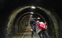 Jordi Torres (driver Photographer) Tags: 摩托车,皮革,川崎,雅马哈,杜卡迪,本田,艾普瑞利亚,铃木, オートバイ、革、川崎、ヤマハ、ドゥカティ、ホンダ、アプリリア、スズキ、 aprilia cagiva honda kawasaki husqvarna ktm simson suzuki yamaha ducati daytona buell motoguzzi triumph bmw driver motorcycle leathers dainese motorrad