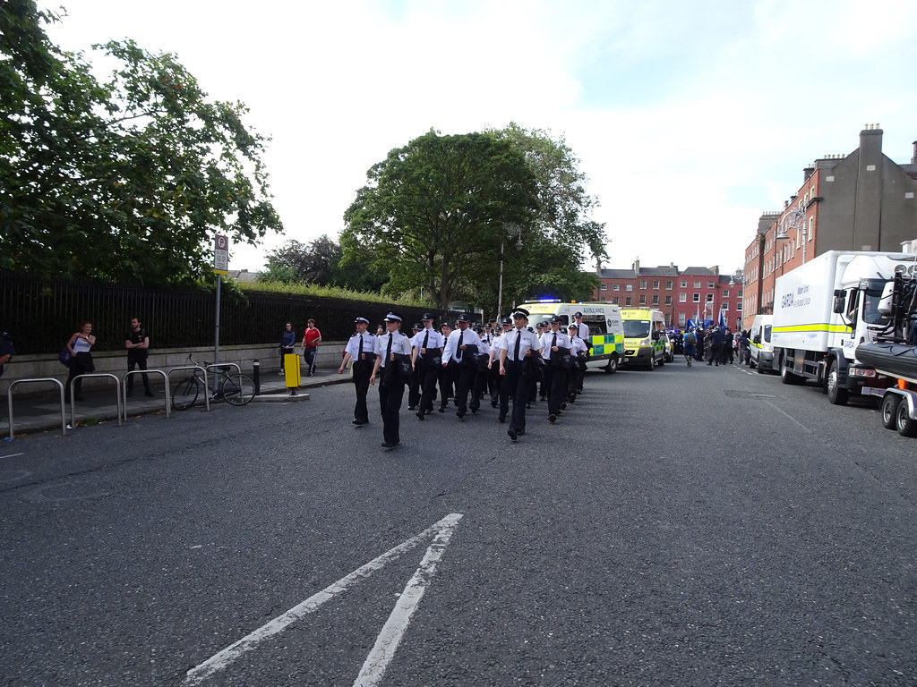 NATIONAL SERVICES DAY [PARADE STARTED OFF FROM NORTH PARNELL SQUARE]-143625