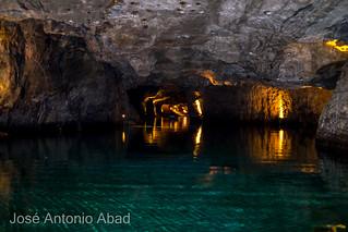 Lago subterraneo Saint Léonard