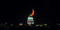 Capitol Eclipse (Kirby Wright) Tags: crescent moon waxing september 2018 madison wisconsin dane county isthmus telephoto super orange lake monona olbrich park atwood ave dome capitol building architecture downtown eclipse right place time nikon d700 tamron 150 600 150600mm manfrotto tripod night sky luna