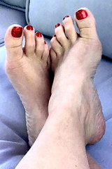 beautifully bare (pbass156) Tags: barefoot bare feet foot footfetish fetish toes toefetish toepolish paintedtoes pedicure pedi teasing sexy