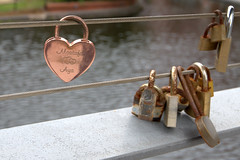 Heart padlock in Birmingham (Tony Worrall) Tags: birmingham midlands lock padlock moment chain remeber metal silver heart follow wires bridge lines shine remembrance update place location uk england north visit area attraction open stream tour country item greatbritain britain english british gb capture buy stock sell sale outside outdoors caught photo shoot shot picture captured