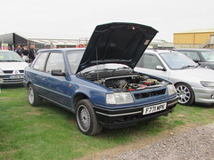 Peugeot 309 XE F771MPK (Andrew 2.8i) Tags: haynes motor museum breakfast meet sparkford yeovil somerset show classic classics cars car autos peugeot 309 xe 13 1300 hatchback hatch french uk unitedkingdom