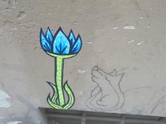 931 (en-ri) Tags: volpee fox fiore flower azzurro nero firenze disegno poster manifesto wall muro graffiti writing