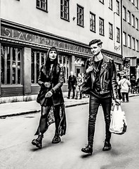 Great looking couple... (mikeback-streetphotography) Tags: streetstyle streetphotographer stockholm streetarteverywhere streetportrait streetphotographystreet streetlife streetphoto streetart streetphotographers street urban blackwhite black blackandwhite blackandwhitephotography monochromatic monochrome mono