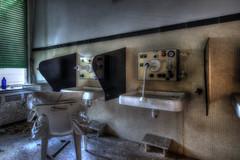 Eléphant (urban requiem) Tags: urbex urban exploration abandonné abandoned abbandonato lost old decay derelict hdr 600d 816 sigma italie italy italia hotel paragon hotelparagon