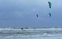 Kitesurfers (jehazet) Tags: strand zee branding kitesurfen sport kitesurfing beach sea wind golven waves