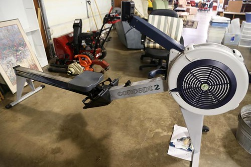 NIB Concept 2 Model E indoor commercial quality rowing machine ($616.00)