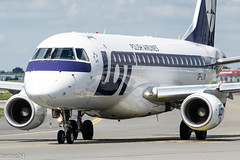SP-LIN Embraer ERJ-175 (Bartlomiej Mostek) Tags: warszawa warsaw epwa lotniskochopina chopinairport lot polishairlines polskielinielotnicze embraer erj175 erj170200lr splin