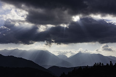 5D-3246 (PanosKa) Tags: 5dclassic 50mm canoneos5d niftyfifty landscape sky clouds cloudy sunlight sunbeam