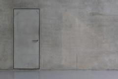 grey on grey (ToDoe) Tags: grey greyanddrab grauingrau tür door wall floor concrete beton