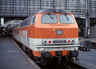 DB 218 137