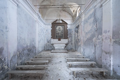 Capella Grigia (Sean M Richardson) Tags: abandoned chapel italia canon photography exploring ruins architecture decay details