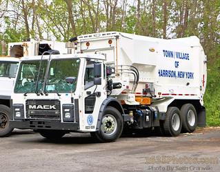 Town Of Harrison NY DPW Sanitation Truck 023 028