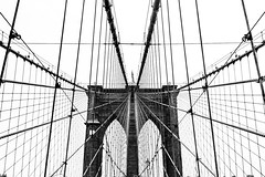 Brooklyn Bridge Net (Cyclase) Tags: usa city bridge brücke lines linien symmetry newyork brooklyn manhattan architektur architecture sky himel himmel monochrome einfarbig stadt steel cable infrastructure landmark elevatedwalkway abstract mono bw contrast kontrast nyc cityscape