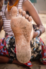 pieterswife-12 (Matriux2011) Tags: barefoot india barefootextremos extreme feet hardsoles crackedsoles dirtyfeet