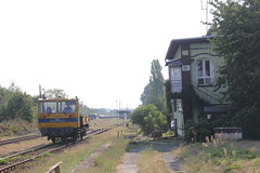 PKP PLK MoW trolley , Otmuchów train station 19.08.2018 (szogun000) Tags: otmuchów poland polska railroad railway rail pkp station vehicle drezyna trolley maintenance mow maintenanceofway kolzam wm15 pkpplk d29137 d29313 opolskie opolszczyzna canon canoneos550d canonefs18135mmf3556is