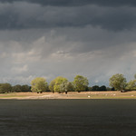 Licht am anderen Ufer/ Light on the other shore thumbnail