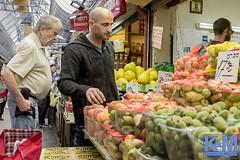 Jerusalem: Mahane Yehuda Market (anat kroon) Tags: markt שוקמחנהיהודה mahaneyehudamarket shuk ירושלים mercado verhalendefotografiemarketisraeljerusalemnarrative photographystorytellingjeruzalemkroon en van maanen fotografieanat kroonsony ilce7m2