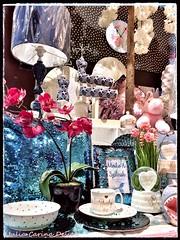 julia carina lakberendezes kirakat (Kirakatrendező Julia Carina Design) Tags: orhid lamp baby blue shopwindow present shop window display kirakat dekor kék orhidea pink juliacarina rózsaszín visual merchandiese deco üzletberendezés kirakatrendezés árurendezés árúkihelyezés berendezés julia carina design dekoratőr díszités polcrendezés lakberendezés womenhome homewear lakberendező visualmerchandiser merchandiser juliacarinadesign home otthon interiordesign