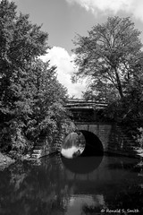 20180915 037b (Ronald S. Smith) Tags: fujixpro2 fujixf2314 milford blackandwhite monochrome bridge