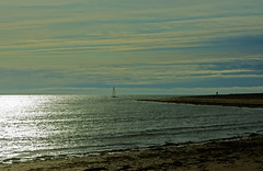 Noirmoutier - FRANCE (manguybruno) Tags: water sky clouds landscape mer sea océan bateau plage beack