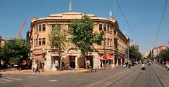 Jerusalem / Jaffa Street /  Tsiyson Square / Jaffa Street (Pantchoa) Tags: israël jérusalem ville palestine rue photoderue immeuble maison paysage rails tram jaffastreet ruejaffa ciel bleu arbres grue personne gens rekhavya