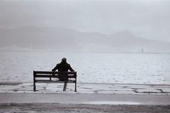 Loneliness (-daniska-) Tags: pentax fuji fujifilm analog filmisnotdead filmphotography film bwfilm bostanlı barınak balıkçı yalnızlık yalın izmir neopanss ss neopan fa 2870mm mz50 sea beach