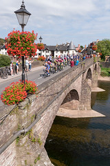 _D012288b (clive190) Tags: cycle tour peloton cyclists bridge usk britain froome thomas