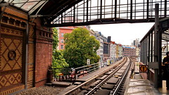 18 - Berlin août-septembre 2018 - Hackescher Markt Bahnhof (paspog) Tags: berlin allemagne deutschland germany august août 2018 bahnhof station gare hackeschermarkt hackeschermarktbahnhof