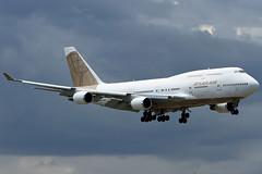 Atlas Air N322SG coming in to FLL (taddzilla) Tags: n322sg atlas atlasair 747 747481 charterflight boeing fll kfll jet plane flight aircraft final approach landing 10l geengines fortlauderdale florida 2018 allrightsreserved