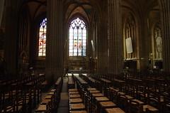 JLF19714 (jlfaurie) Tags: organ organo vitrales hautevienne limousin pentaxk5ii cathédrale vitraux saintetienne limoges mpmdf virgennegra blackvirgin taintedglass jlfr viergenoire mechas
