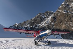 Glacier landing - Alaska (Captures.ch) Tags: clear klar tag morning morgen day fall herbst alaska denali denalinationalpark ruthglacier talkeetna valley tal sky mountains landschaft landscape gletscher glacier himmel berge aufnahme capture nationalpark flugzeug airplaine