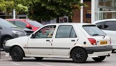L636 NJN (Nivek.Old.Gold) Tags: 1994 ford fiesta 11 lx 5door
