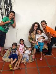 Cristal Montanez plays with Venezuelan refugees children at Centro de Migración Cúcuta (Cristal Montanez Venezuela) Tags: centrodemigraciones corporacionscalabrini bancodiocesanodealimentos diocesiscucuta rotarycucuta rotaryeclubhouston colombia refugeecrisis venezuelarefugees hopeforvenezuelanrefugees esperanzapararefugiadosvenezolanos crisishumanitaria cúcuta humanitariancrisis venezuela ayudahumanitaria