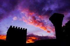 Atardecer en Castilla (A. Rodrigo) Tags: atardecer valdivielso burgos torre valdenoceda fujifilmx100 silhouette silueta crepúsculo