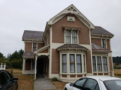 Historic Hughes House, Port Orford, Oregon (cjacobs53) Tags: jacobs jacobsusa historic hughes house ort oregon orford 118picturesin2018 annual scavenger photo hunt yearly picture