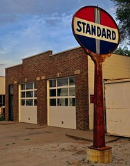 Standard Oil, Bettendorf, IA (Robby Virus) Tags: bettendorf iowa ia oil petroleum gas gasoline fuel station service filling vintage antique standard sign signage
