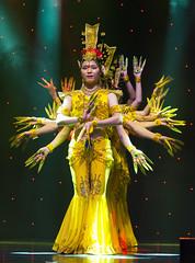 DAG_8669r (crobart) Tags: thousand hand bodhisattva eyes yate dance acrobatic team chinese china canadian national exhibition cne 2018 toronto