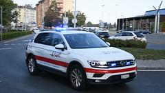 SMUR Neuchâtel (Worldwide_emergencies) Tags: samu smur 112 volkswagen